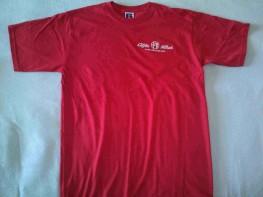 Rdeča T-shirt majica z belim vezenjem